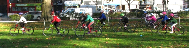 Cyclo-cross, Ducketts Common, Nov 2018