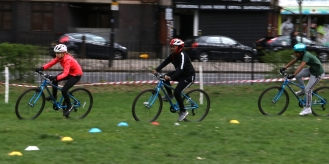Cyclo-cross, Ducketts Common, March 2019